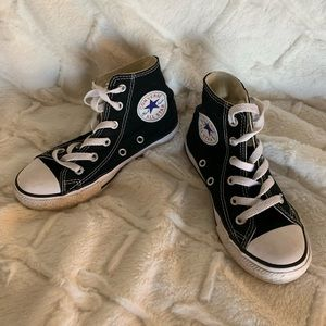 Kid's Converse high tops black size 12